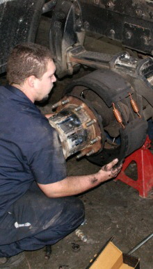 Piedmont Truck Tires provides same day truck repair, emergency roadside service and on-site OTR repairs